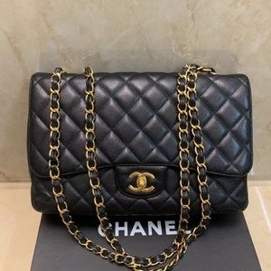 Chanel caviar single flap jumbo handbag